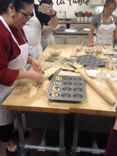 Som skulle läggas i muffinsform för att hålla formen